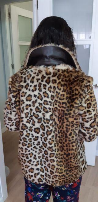 Abrigo leopardo. T-S