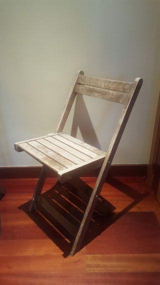 Conjunto de muebles de exterior de madera