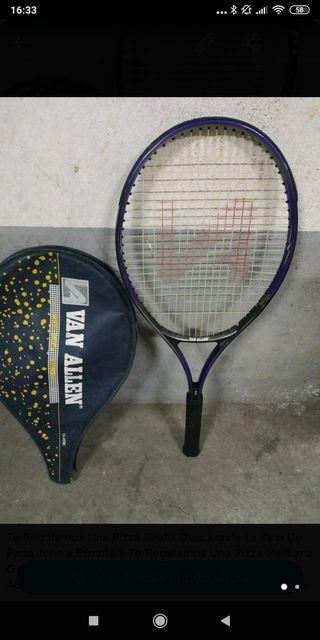 raqueta de Tenis marca Van allen, con funda
