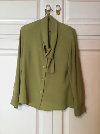 Camisa verde ROBERTO VERINO