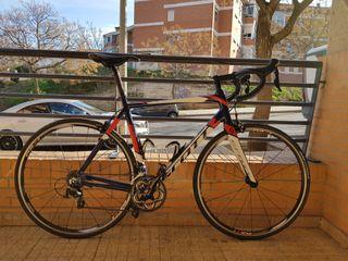Bicicleta de carretera. SCOTT SPEEDSTER 20