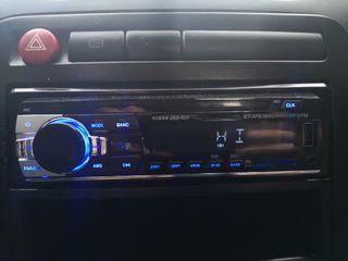 Radio para coche con Bluetooth y USB