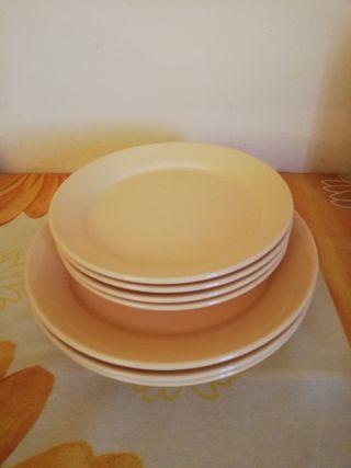 Conjunto platos cerámica - SIN ESTRENAR