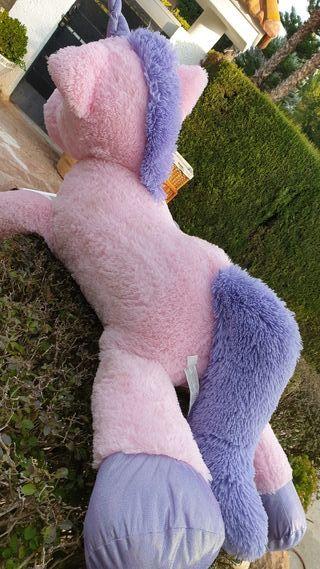 peluche gigante unicornio