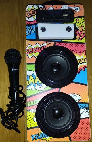JoyBox karaoke.