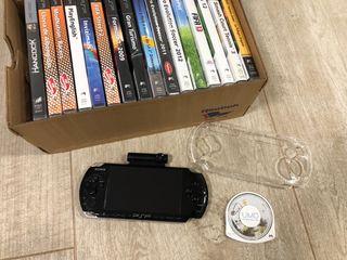 Consola SONY PSP 3004 con 17 juegos y cámara
