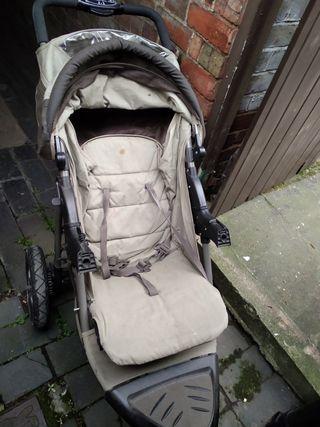 3 wheel pushchair
