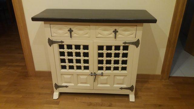 Mueble de recibidor antiguo