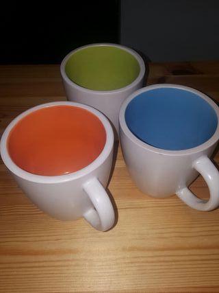 3 tazas. Gres Porcelanico
