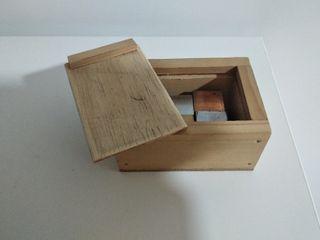 Juego de 6 cubos de diversos materiales