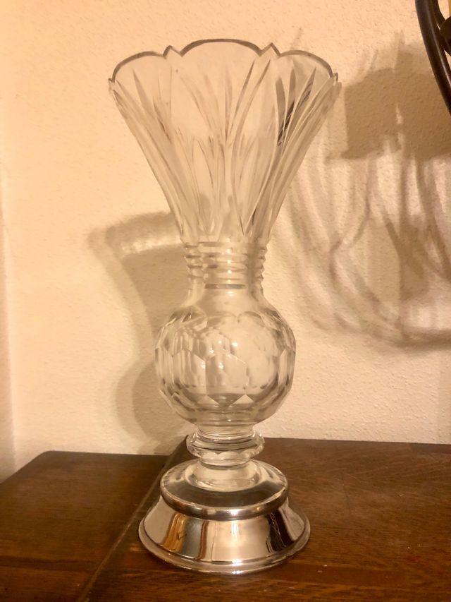 Antiguo jarrón cristal