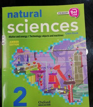 Libro de Ciencias Naturales para 2° en ingles.