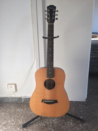 Guitarra Baby Taylor BT1