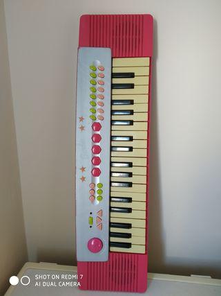 Órgano músical, mide 60 cm