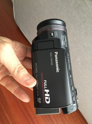 Cámara video Panasonic HDC-TM700