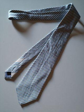 Loewe corbata rayas azules