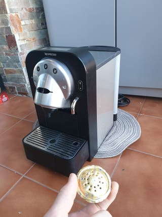 Cafetera Nespresso GEMINI cs 100 pro