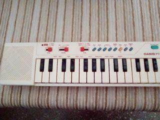 órgano Casio PT 10