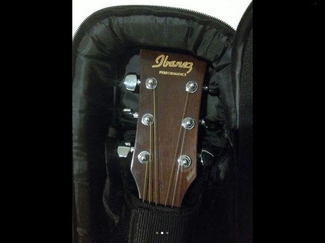 Guitarra Ibáñez + funda acolchada Rockbag+ cuerdas