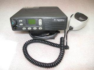 Motorola GM900 25 vatios VHF Mobile Radio