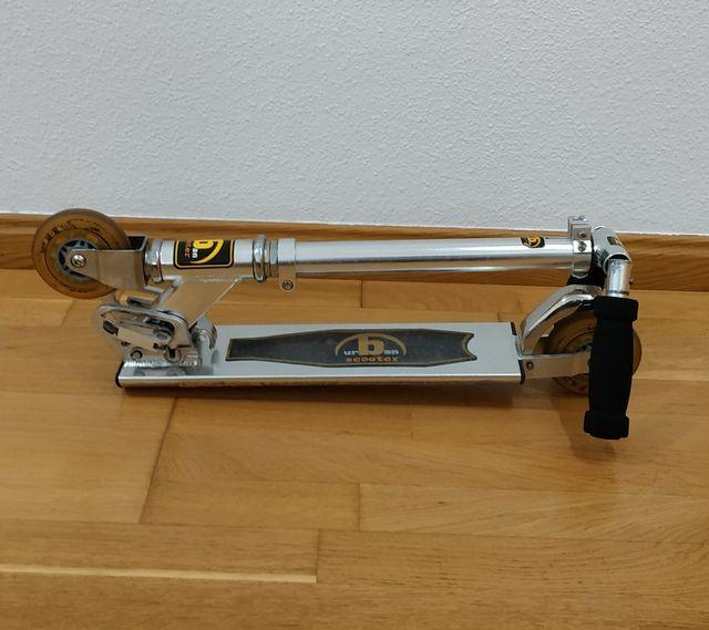 Patinete plegable Urban Scooter (altura regulable)