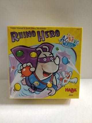 Juego Rhino Hero.