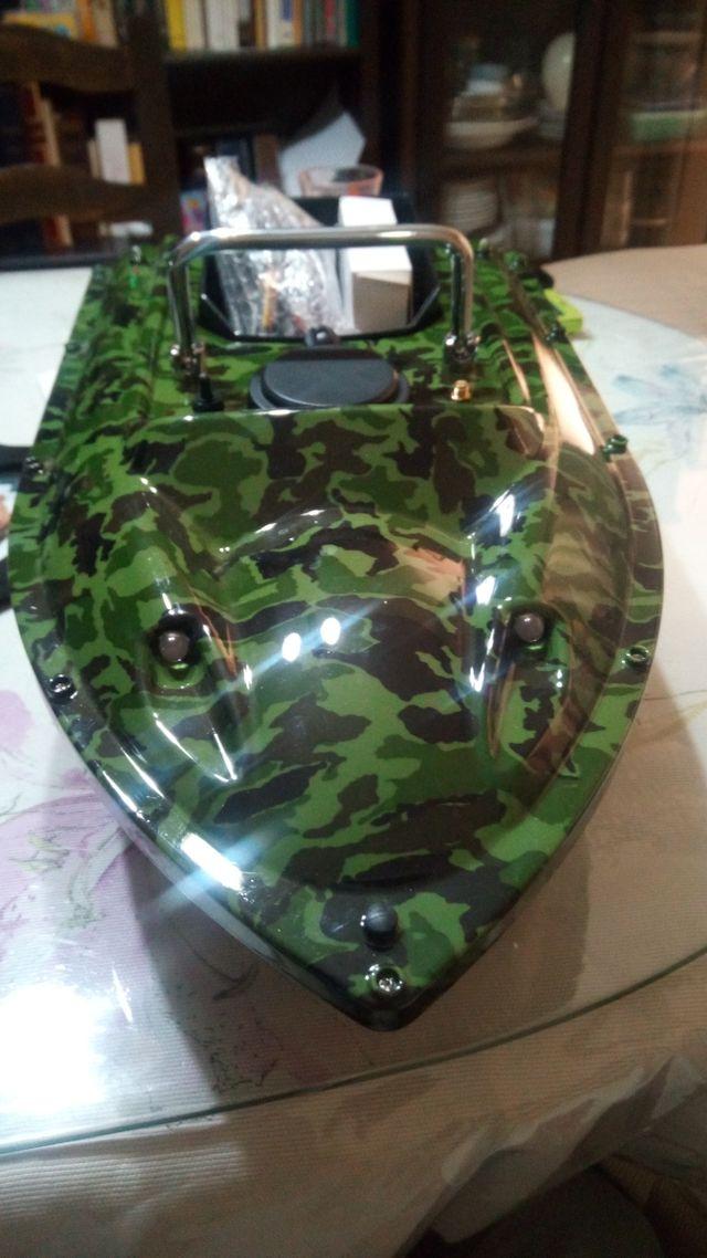 bait boat/barco cebador carpfishing