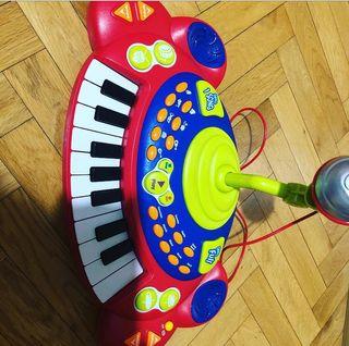 Piano órgano musical