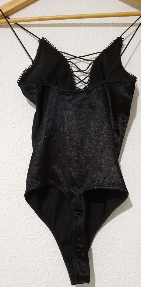 Body encaje negro bershka