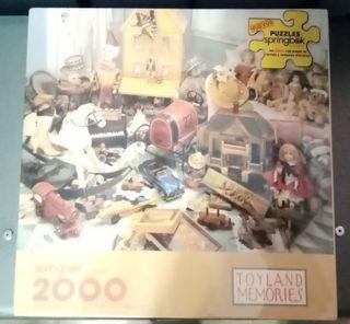 Puzzle sin abrir de 2000 piezas.