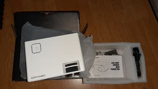 Mini Proyector + HDMI 5m