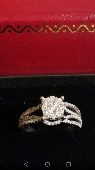 anillo oro 18 kt diamantes 1'37 cts total. Nuevo