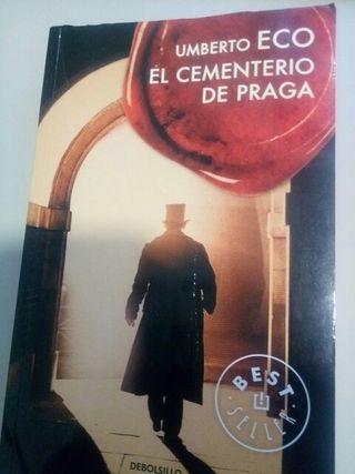 novela el cementerio de Praga