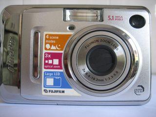 CAMARA FUJI-FINEPIX A500