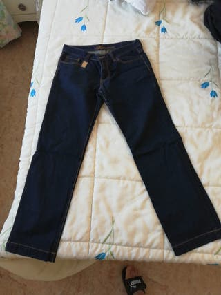 pantalon Dolce y gabbana perfecto estado