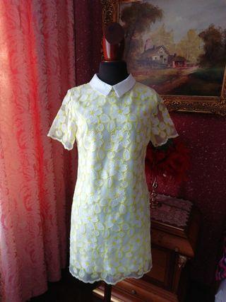 Vestido nuevo Talla L bordado flores blanco amaril