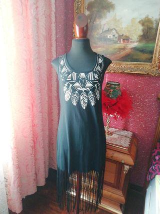 Vestido talla S flecos flequillos negro plumas tir
