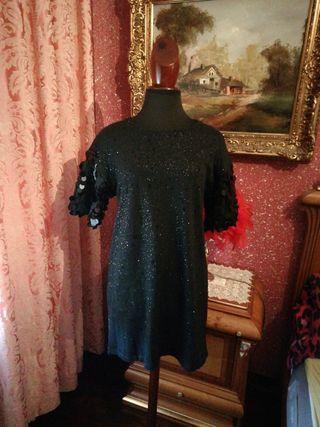 Vestido talla M negro lentejuelas manga corta