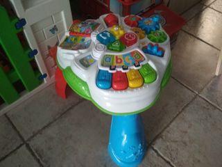 "Mesa actividades juego ""Baby Clementoni"""