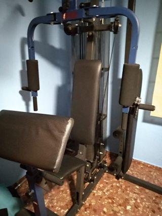 Máquina de gimnasio musculación