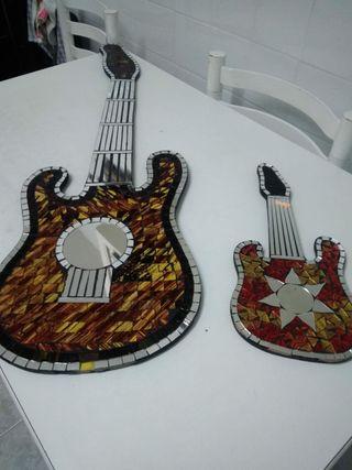 Guitarra espejos pequeña