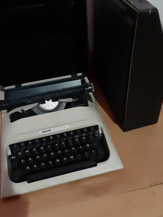 2 maquinas de escribir OFERTON