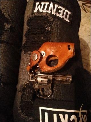 Mechero revolver