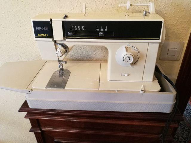 Maquina de coser singer samba 1 de segunda mano por 80