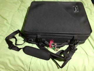 clarinete sib y la maleta BAM
