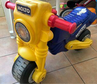 Moto correpasillos para bebé Molto