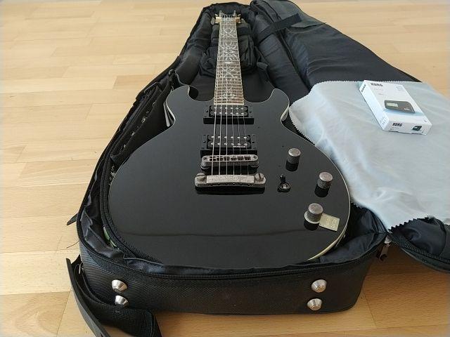 Guitarra Eléctrica Schecter Devil Custom