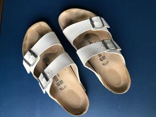 Sandalias blancas Birkenstock