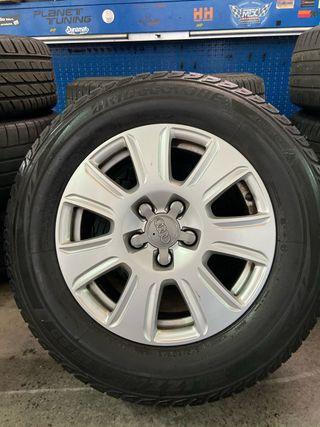 "Llantas Audi Q3 16"" con neumáticos"