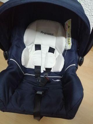 maxicosi prenatal con reductor y capota